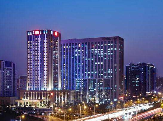 Sheraton Hotel of Zhengzhou Meisheng Center